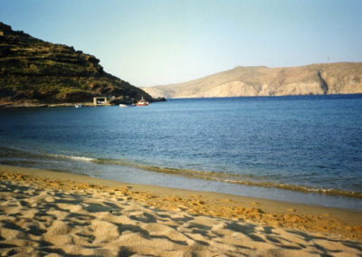 visit-cyclades_Mykons_beaches_PAMORMOS