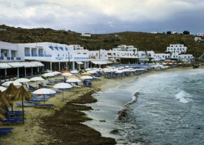 visit-cyclades_Mykons_beaches_platy-yialos