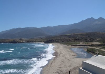 visit-cyclades_Naxos_beaches_Amitis-Bay