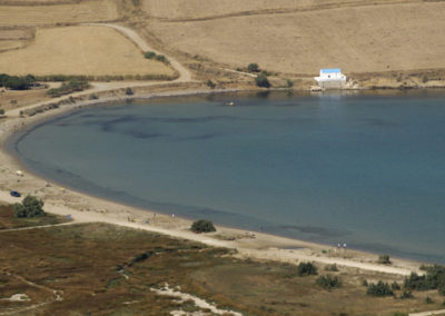 visit-cyclades_Paros_beaches_Molos