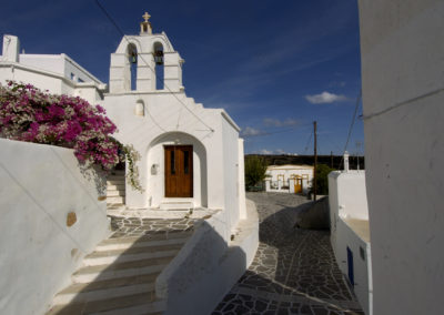 visit-cyclades_Paros_church_Anastasi-Kostos