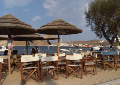 visit-cyclades_Serifos_villages_Livadi-beach