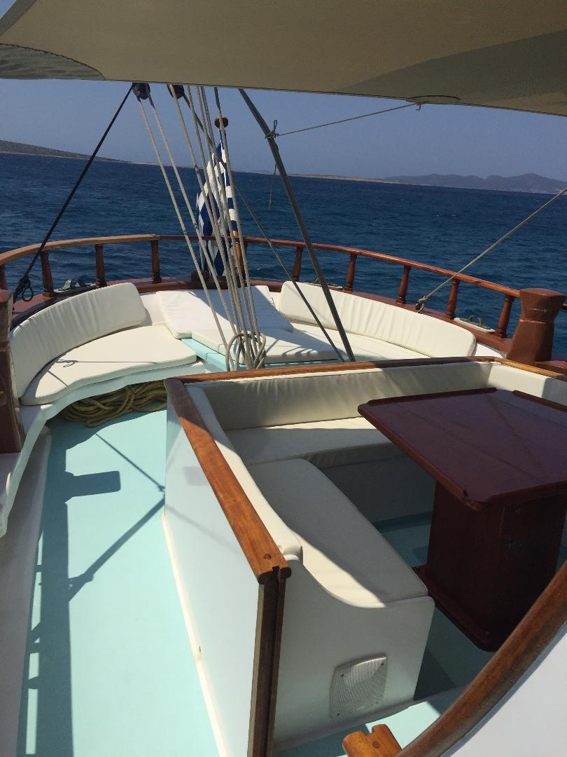 visit-cyclades_private-cruise_paros-islands_boat-6