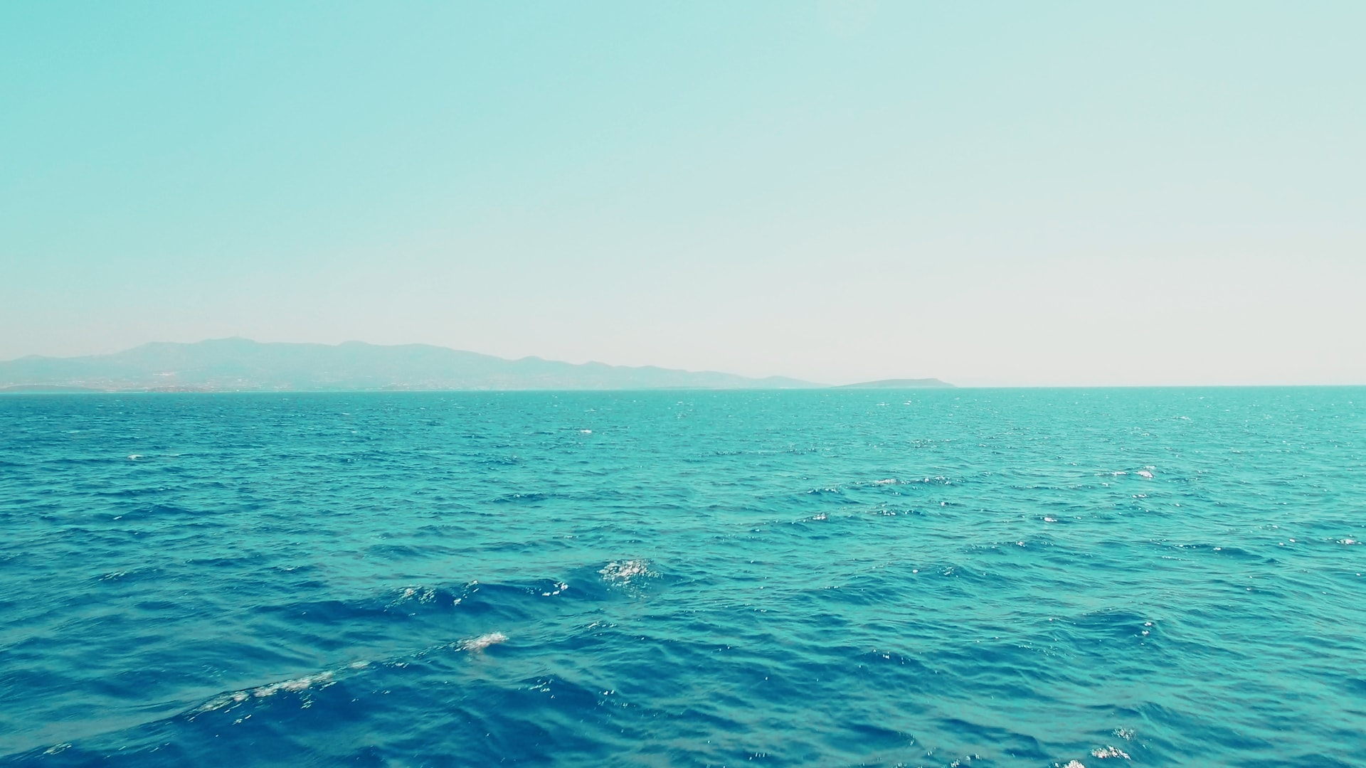 visit-cyclades_private-cruise_paros-islands_boat-view-7