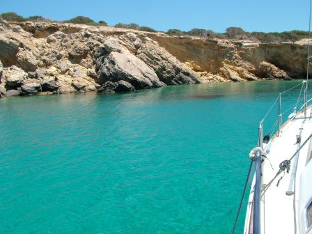 visit-cyclades_special_packages_family_paros_sailing_001